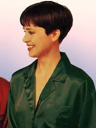 wedge stacked haircut in 80 s dorthy hamil hairxstatic crops pixies gallery 8 of 9 pixie haircuts