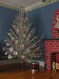 20 silver trees festive and glamorous decoration ideas