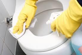 Clean Bathtub With Bleach Remodelaholic How To Clean A Bathroom Using Clorox Bleach