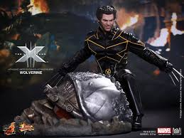 Super Behold the Lastest Wolverine Hot Toys Figure - Wolverine - Comic Vine &JK12