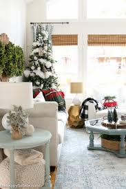 ski lodge chic christmas living room decor the happy housie