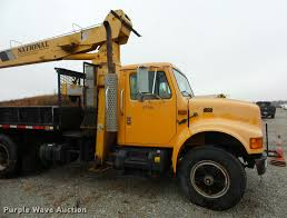 1995 international 4900 crane truck item bg9525 sold de