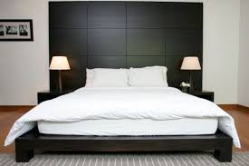 Beautiful Wooden Headboards For A Warm And Inviting Bedroom Décor - Bedroom headboard designs