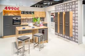 le showroom du magasin cuisine plus le havre gonfreville l orcher