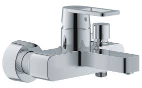 grohe quadra wall mounted single lever bath shower mixer tap