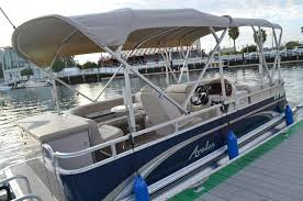 Pontoon Boat Floor Plans by Premium Pontoon 10 Passenger 21ft Pontoon Boat Rentals Newport