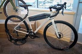 Mongoose Comfort Bikes Mongoose Guide Adventure Bike Highlights 2018 Line Along With New