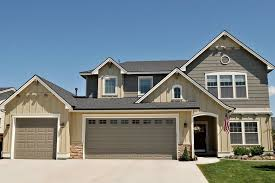 colors that go with cream clothing colored house white trim and