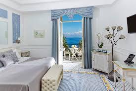 hotel de luxe avec dans la chambre chambres avec vue sur la mer à hôtel excelsior parco