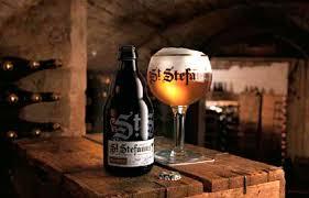 bicchieri birra belga la birra belga d abbazia st stefanus è la protagonista