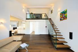 Wohnzimmer Modern Einrichten Bilder Wohnzimmer Treppe Trendige On Moderne Deko Idee In Unternehmen Mit