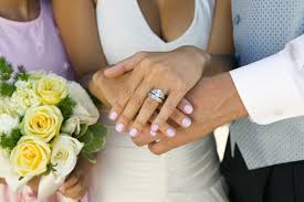 Choose The Simple But Elegant How To Choose The Right Wedding Band For Your Engagement Ring