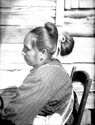 traditional cherokee hair styles choctaw indians choctaw indians woman in partial native dress