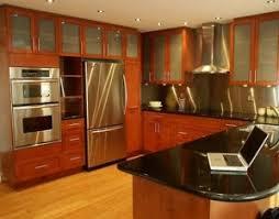 cuisine merisier raison supplémentaire pour écorer votre cuisine cuisines