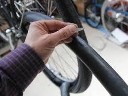 réparer une chambre à air de vélo comment réparer une roue de vtt