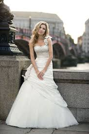 guide to wedding dress buying cornwall