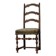 chaises louis xiii chaise louis xiii avec dossier à traverse et pieds tournés dans l