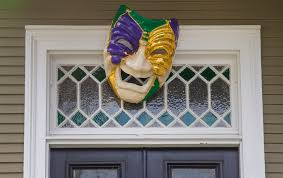 mardi gras door decorations how to host mardi gras party like a real new orleanian mardigras