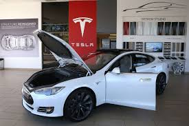 how tesla surpassed gm and ford to become america u0027s most valuable