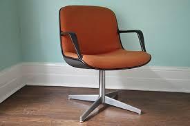 Mid Century Modern Plastic Chairs Small Mid Century Modern Desk Chair U2014 Desk Design Desk Design