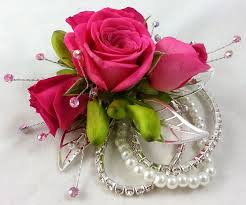 wrist corsage supplies 36 best homecoming corsages and boutonnieres images on