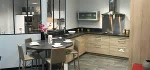 cuisine lannion incroyable cuisine avec ilot central pour manger 5 cuisines