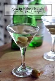 vodka martini shaken not stirred martini recipe a basic tutorial from nelliebellie