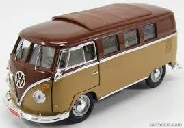 volkswagen microbus lucky diecast ldc92328br scale 1 18 volkswagen microbus 1962 2