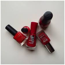best red nail polishes u2013 floating in dreams