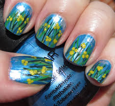 marias nail art and polish blog small yellow spring flowers små