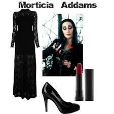 Morticia Addams Halloween Costumes 13 Iconic Halloween Costumes Brunettes Theberry