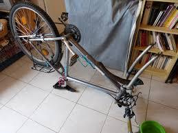 réparer une chambre à air de vélo crevaison et réparation de la chambre à air de mon vtt