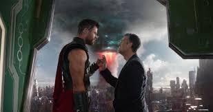 Thor Ragnarok Review Marvel S Thor Ragnarok Hammers Home A Smashing