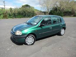 1999 renault clio 5 speed manual kiwi new hatch 1 reserve