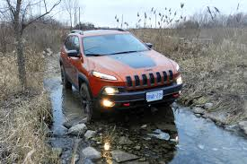 matte jeep cherokee test drive 2015 jeep cherokee trailhawk autos ca