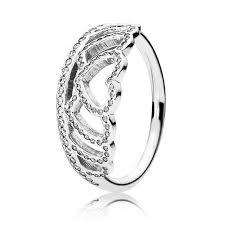 pandora verlobungsring die besten 25 pandora hearts tiara ring ideen auf