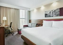 Flex Room Bristol Hotel Rooms Standard Guest Rooms Hampton By Hilton