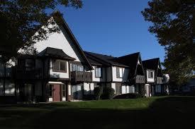 ashwaubenon green bay apartments for rent creekwood apartments