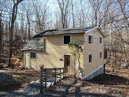 3420 crestwood drive east stroudsburg pa 18301 hotpads