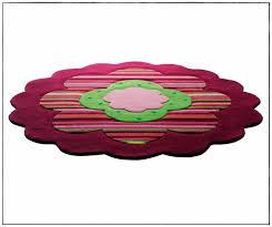 moquette rose fushia tapis de chambre ado tapis salon gris blanc noir tapis chambre