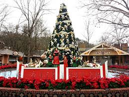 dollywood christmas lights 2017 dollywood pigeon forge charles dickens a christmas carol