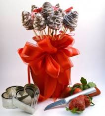 chocolate covered fruit baskets chocolate dipped strawberries strawberry bouquet appetizer