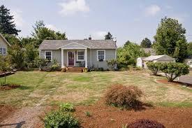remodeled bungalow in ne portland sold barrington grey realty llc