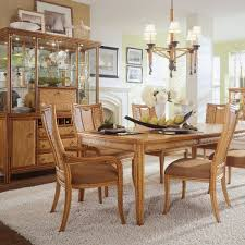 Carpet For Dining Room by Brown Carpet Motive Centerpiece Ideas For Dining Room Tables Table