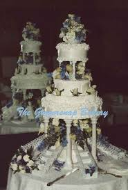 tiered wedding cakes the gingersnap bakery tiered wedding cakes