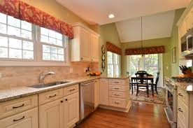 Kitchens With Cream Colored Cabinets Download Cream Painted Kitchen Cabinets Homecrack Com