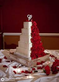 red roses wedding cake designs pics photos red roses wedding cake