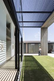 coastal holiday house suitable for frequent guests and informal