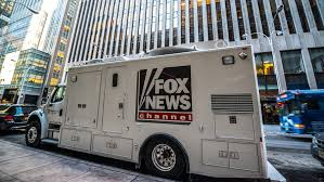 Challenge Fox News Despite Upheaval Fox News Fights Msnbc Challenge To Stay No