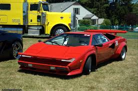 crashed lamborghini countach vwvortex com the legendary lamborghini countach a brief history